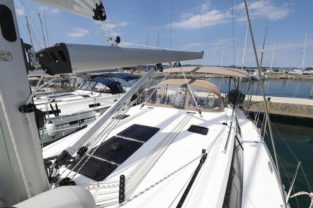 Rental yacht Croatia - Bavaria Bavaria Cruiser 46 Style - 4 cab. on SamBoat