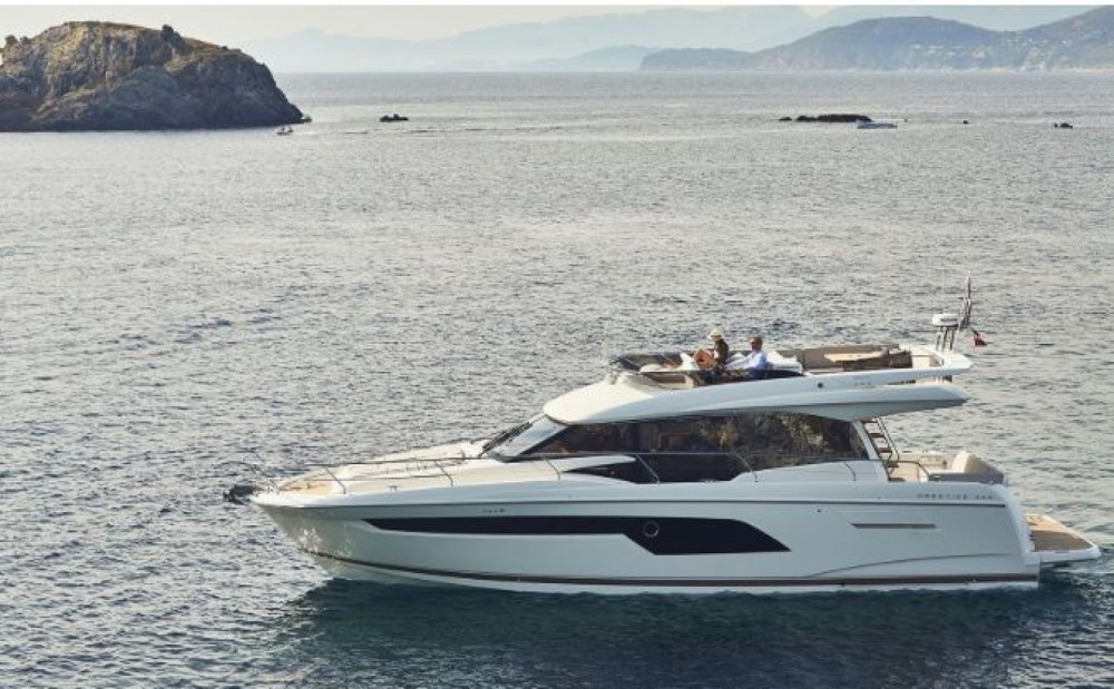Hire Motorboat with or without skipper Prestige La Trinité-sur-Mer
