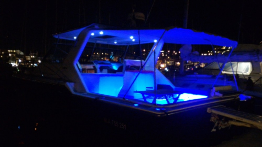 Hire Motorboat with or without skipper Tiara Saint-Florent
