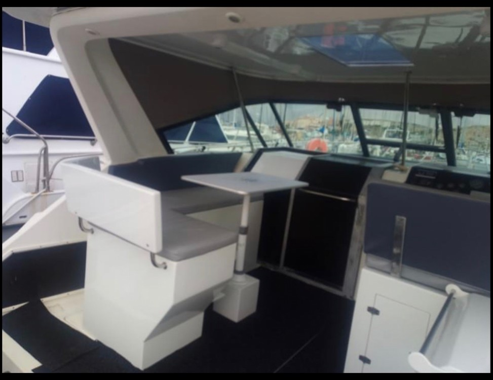Boat rental Tiara OPEN 3600 in Saint-Florent on Samboat
