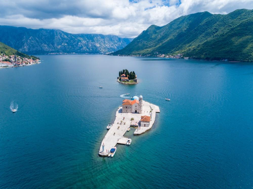 Rental Motorboat in Kotor - Atlantic open 670
