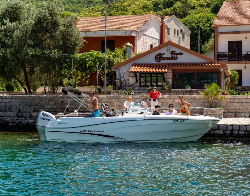 Hire Motorboat with or without skipper Jeanneau Kotor