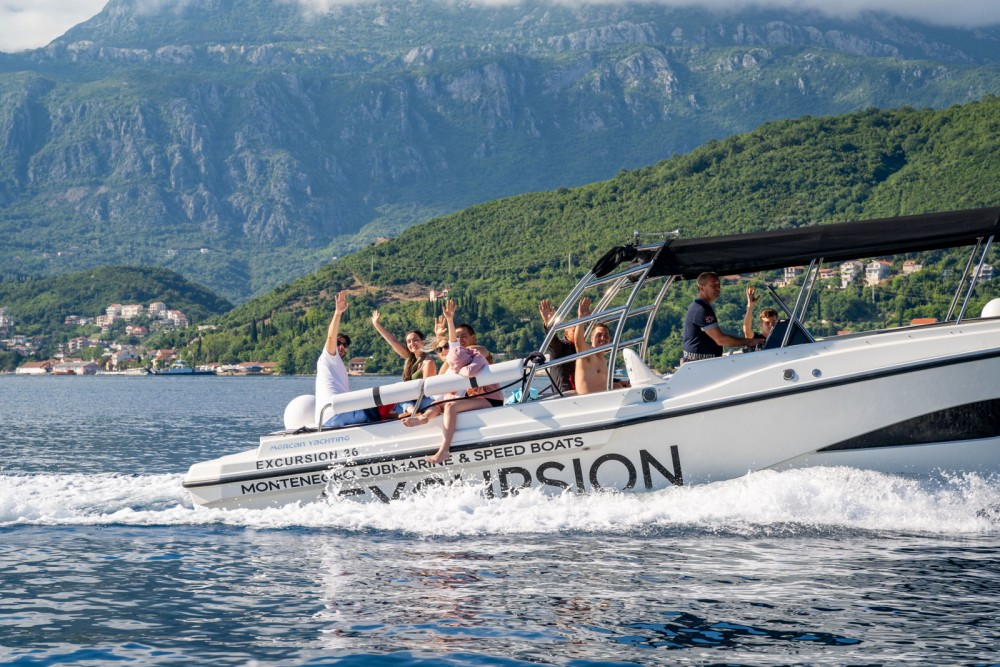Motorboat for rent Kotor at the best price