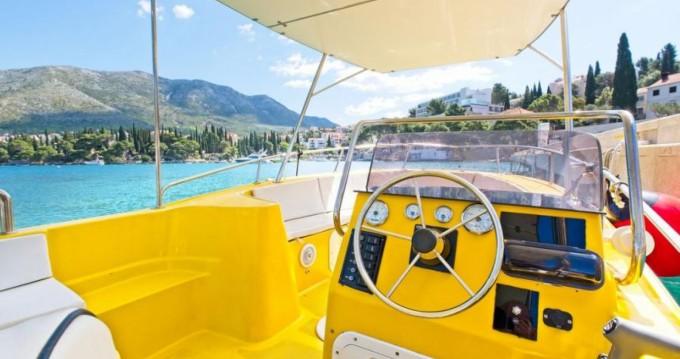 Rental Motorboat Kosanović with a permit