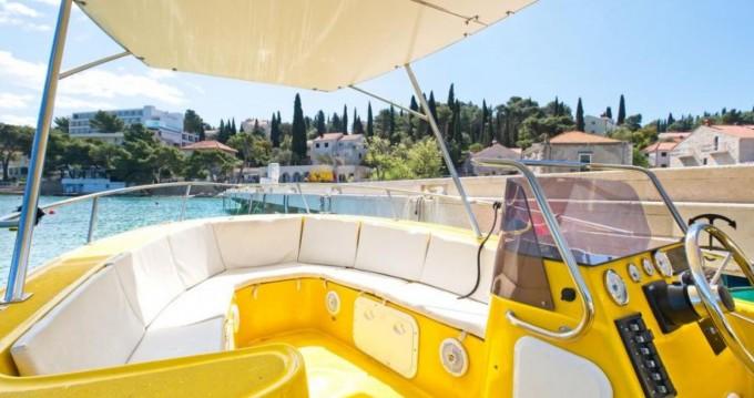 Boat rental Cavtat cheap MM 700
