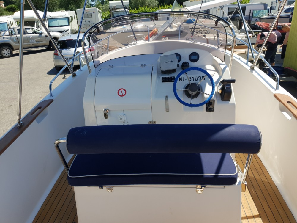 Rental Motorboat in Cagnes-sur-Mer - Pacific Craft Pacific Craft 555 Open
