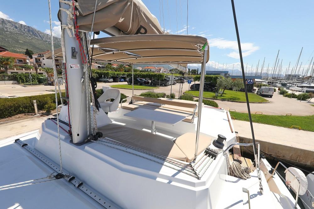 Boat rental Catana Bali 4.3 - 4 + 2 cab. in Croatia on Samboat