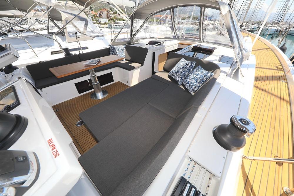 Boat rental Hanse Hanse 588 - 4 + 1 cab. in Croatie on Samboat