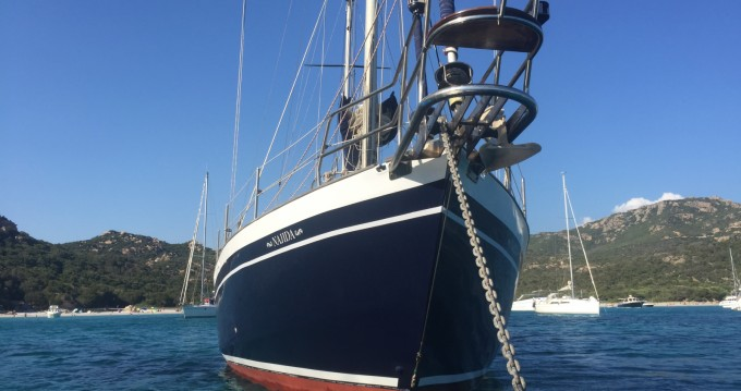 BRUCE ROBERTS 53 DESIGN between personal and professional Ajaccio