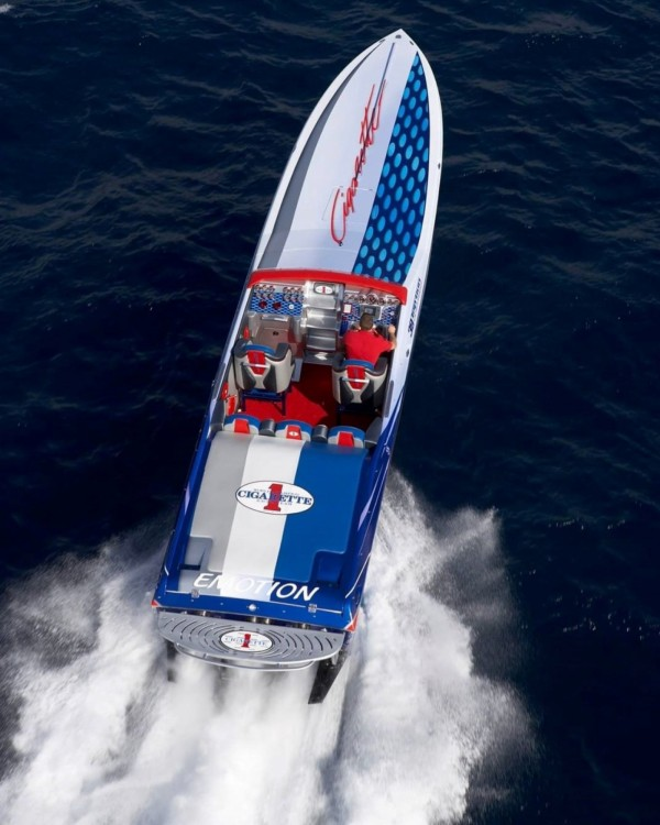 Rental Motorboat in Saint-Tropez - Cigarette BULLIT 31