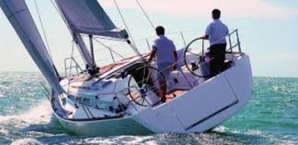 Rental Sailboat in Peloponnese - Dufour Dufour 412 GL