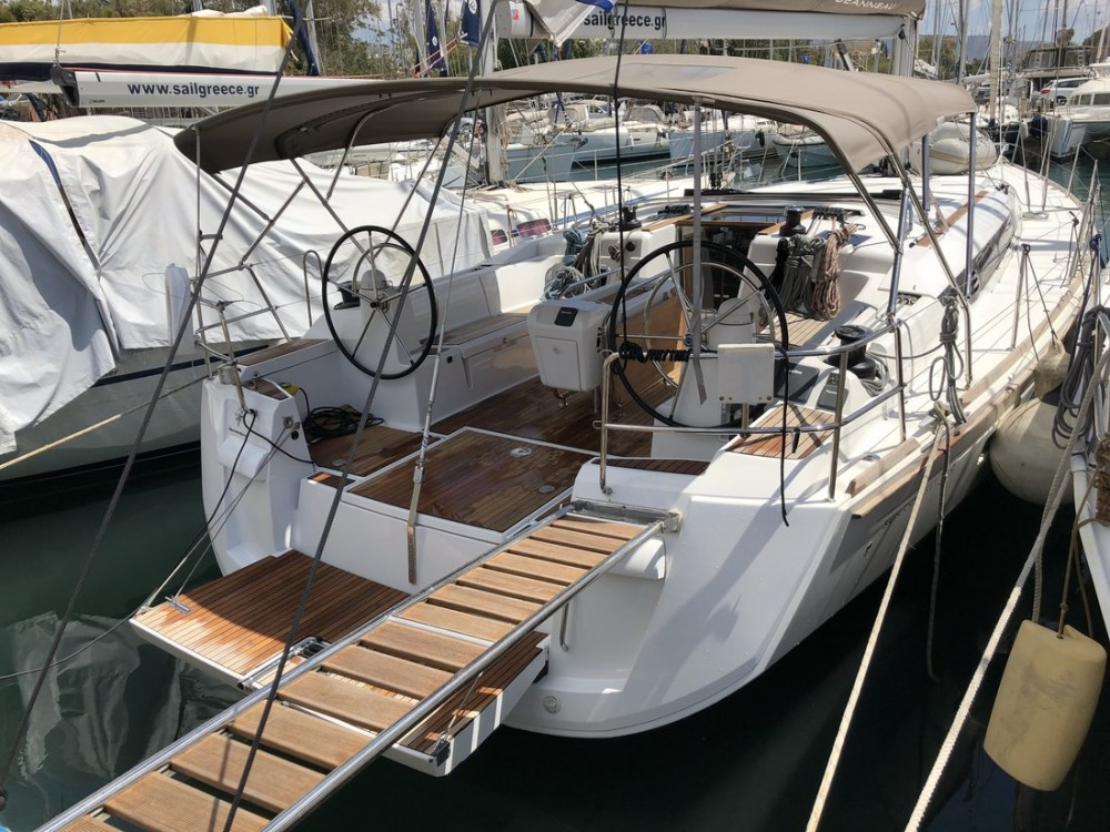 Rental Sailboat in Peloponnese - Jeanneau Sun Odyssey 519 - 5 + 1 cab.