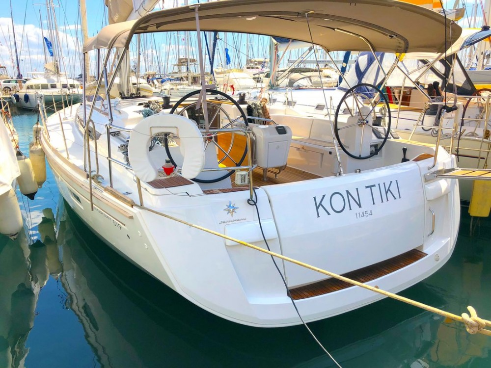 Rental yacht Peloponnese - Jeanneau Sun Odyssey 519 - 5 + 1 cab. on SamBoat