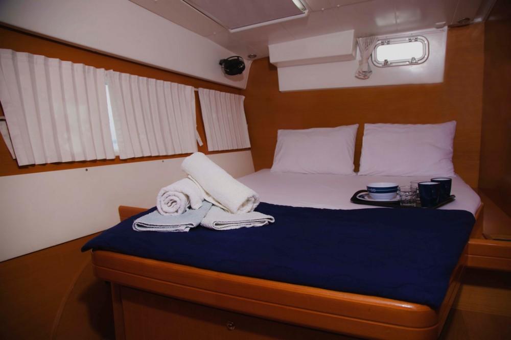 Boat rental Greece cheap Lagoon 420 - 6 cab.