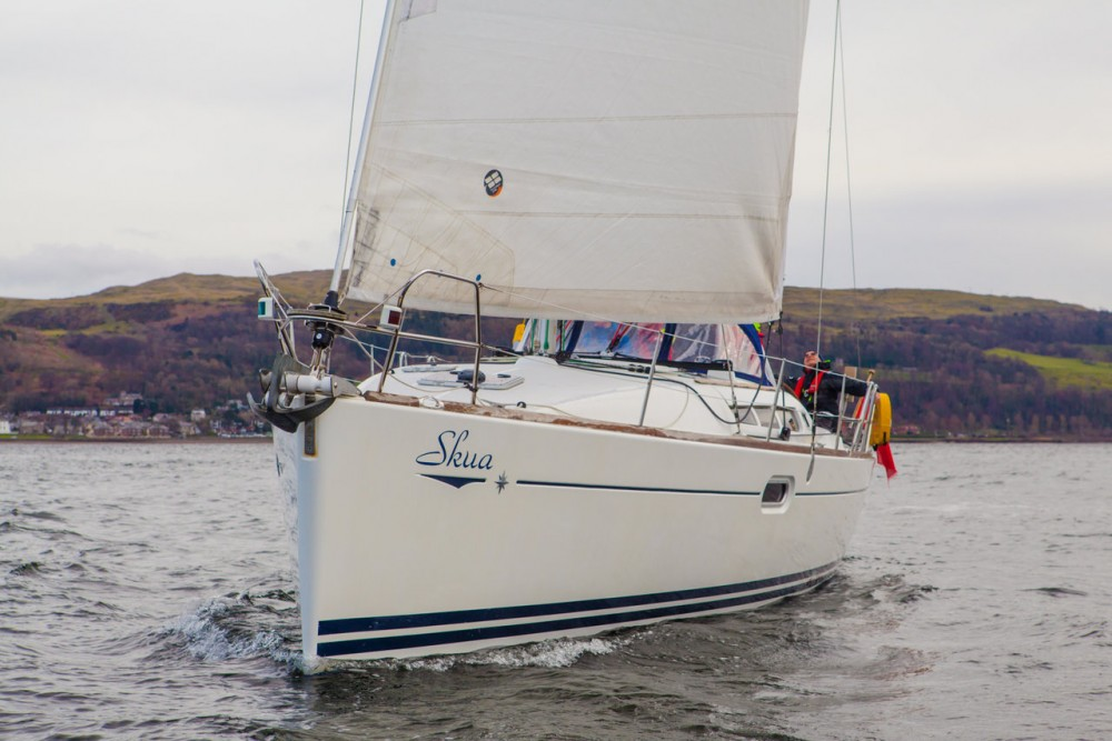 Sailboat for rent Ayrshire at the best price
