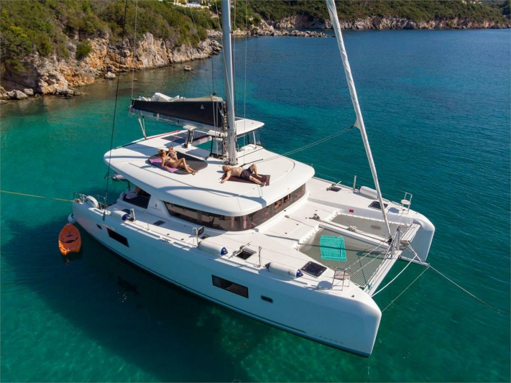 Hire Catamaran with or without skipper Lagoon Corfu