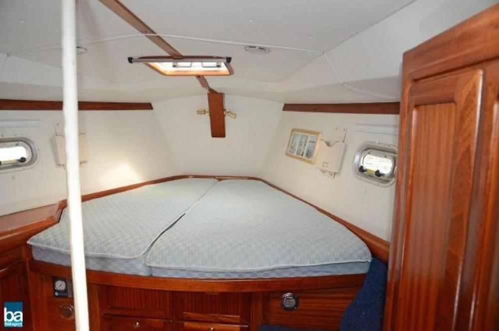Boat rental Bavaria Bavaria 47 in Sweden on Samboat