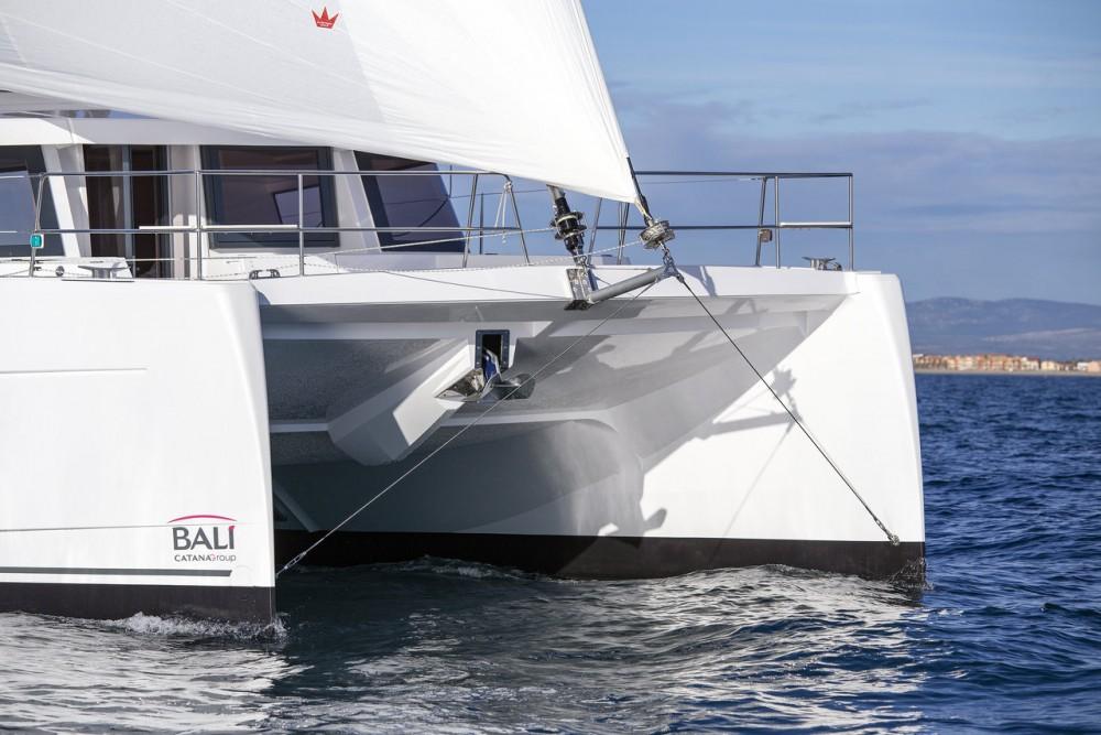 Rental yacht  - Catana Bali 4.8 - 6 cab. on SamBoat