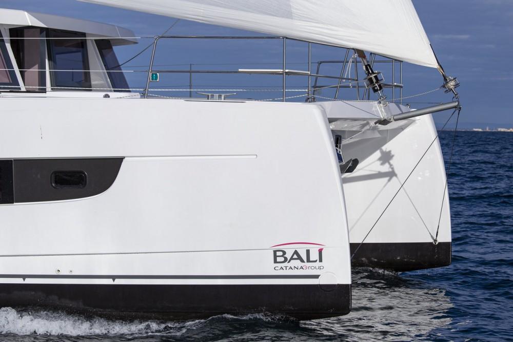 Rental Catamaran in  - Catana Bali 4.8 - 6 cab.
