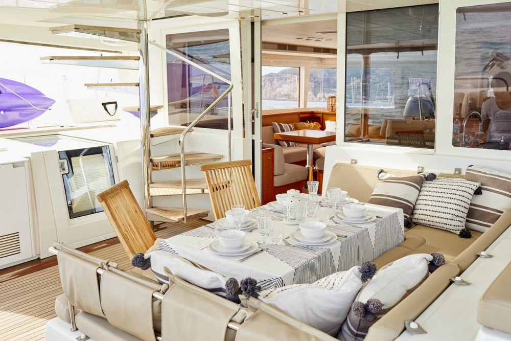 Rental Catamaran in Balearic Islands - Lagoon Lagoon 560 - 5 + 2 cab.