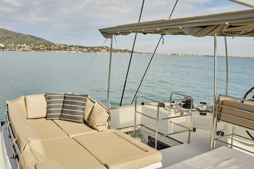 Rent a Lagoon Lagoon 560 - 5 + 2 cab. Balearic Islands