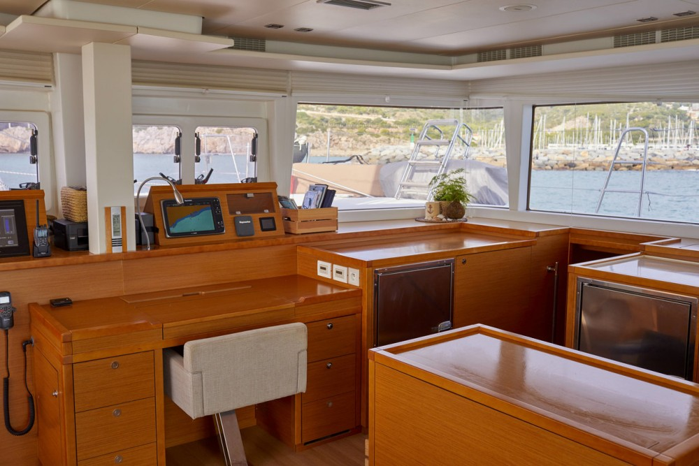 Rental yacht Balearic Islands - Lagoon Lagoon 560 - 5 + 2 cab. on SamBoat