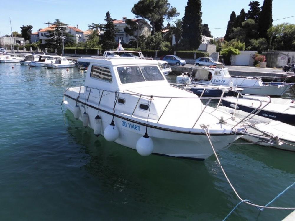 Rent a Damor Damor 800 - 1 cab. Grad Zadar