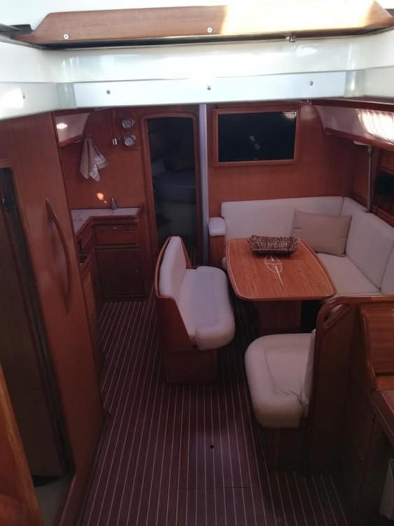 Rental Sailboat in Peloponnese - Bavaria Bavaria 42 Cruiser