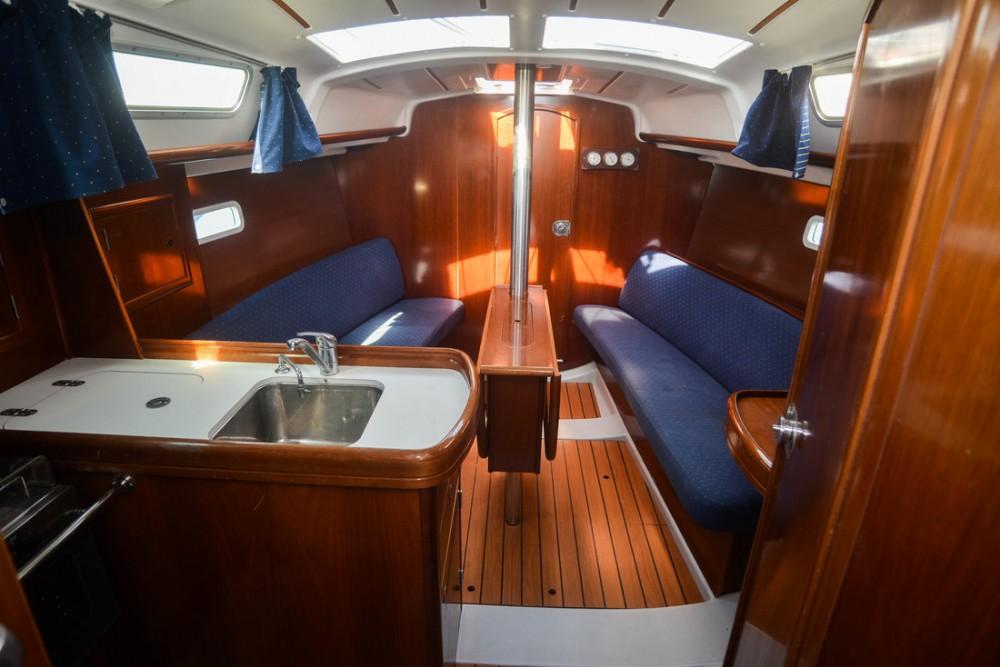 Boat rental Croatia cheap Oceanis Clipper 323