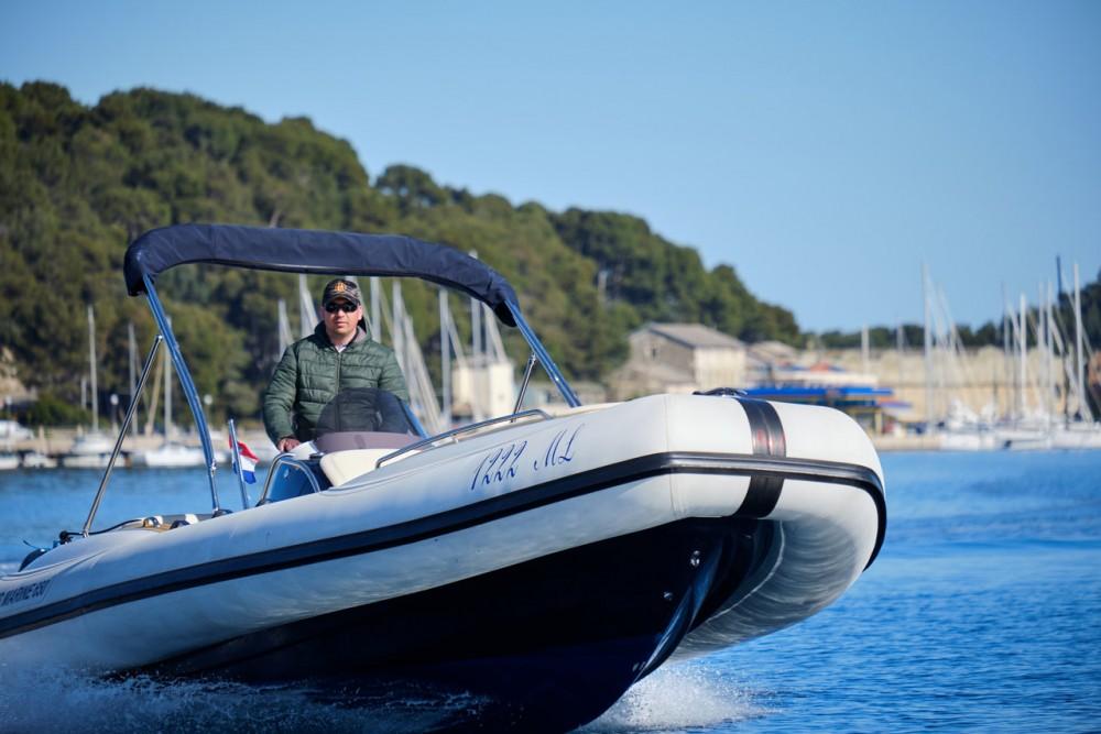 Rental RIB Ris Marine with a permit