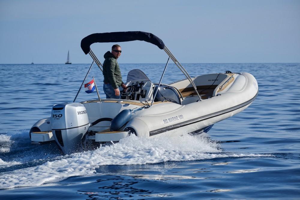 Rent a Ris Marine Ris Marine Exclusive 650 Primorje - Gorski Kotar