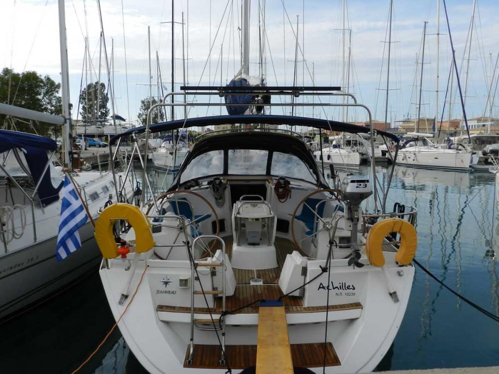 Boat rental Jeanneau Sun Odyssey 44i in Lefkada on Samboat