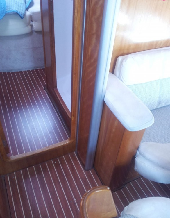Boat rental San Vincenzo cheap Bavaria 42 Cruiser