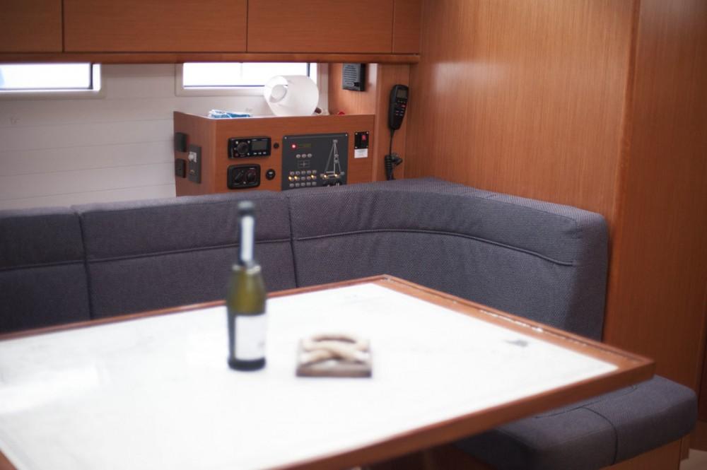 Rent a Bavaria Bavaria Cruiser 46 - 4 cab. San Vincenzo