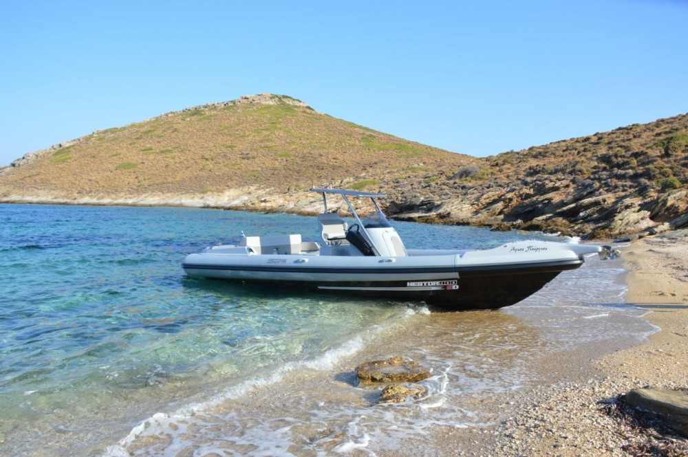 Motorboat for rent Peloponnese at the best price