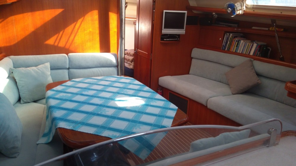 Hire Sailboat with or without skipper Hunter-Marine Fethiye