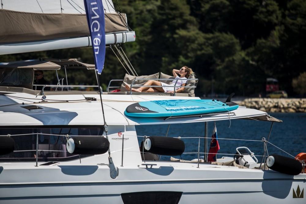 Boat rental Seget Donji cheap Fountaine Pajot Saba 50 - 6 + 1 cab.