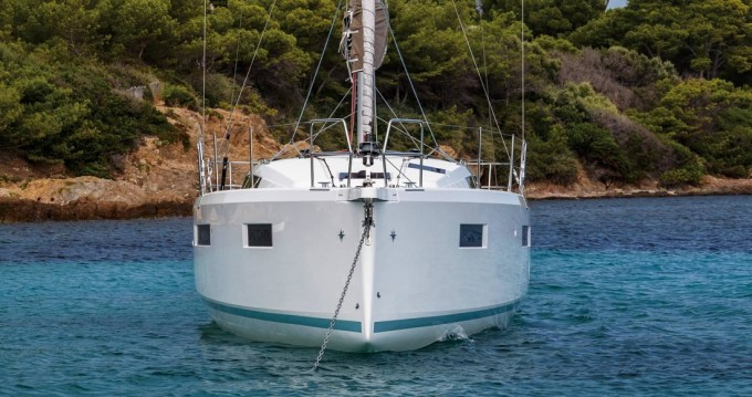 Hire Sailboat with or without skipper Jeanneau Îles Ioniennes