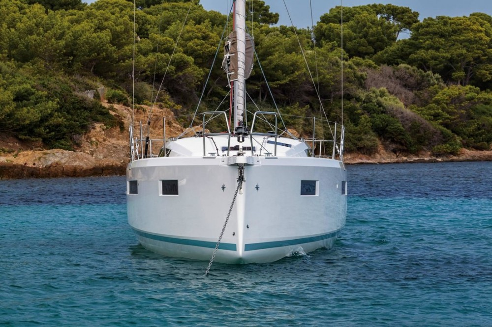 Hire Sailboat with or without skipper Jeanneau Ionian Islands