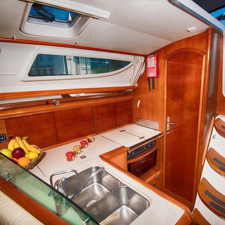 Rental yacht Greece - Jeanneau Sun Odyssey 35 on SamBoat