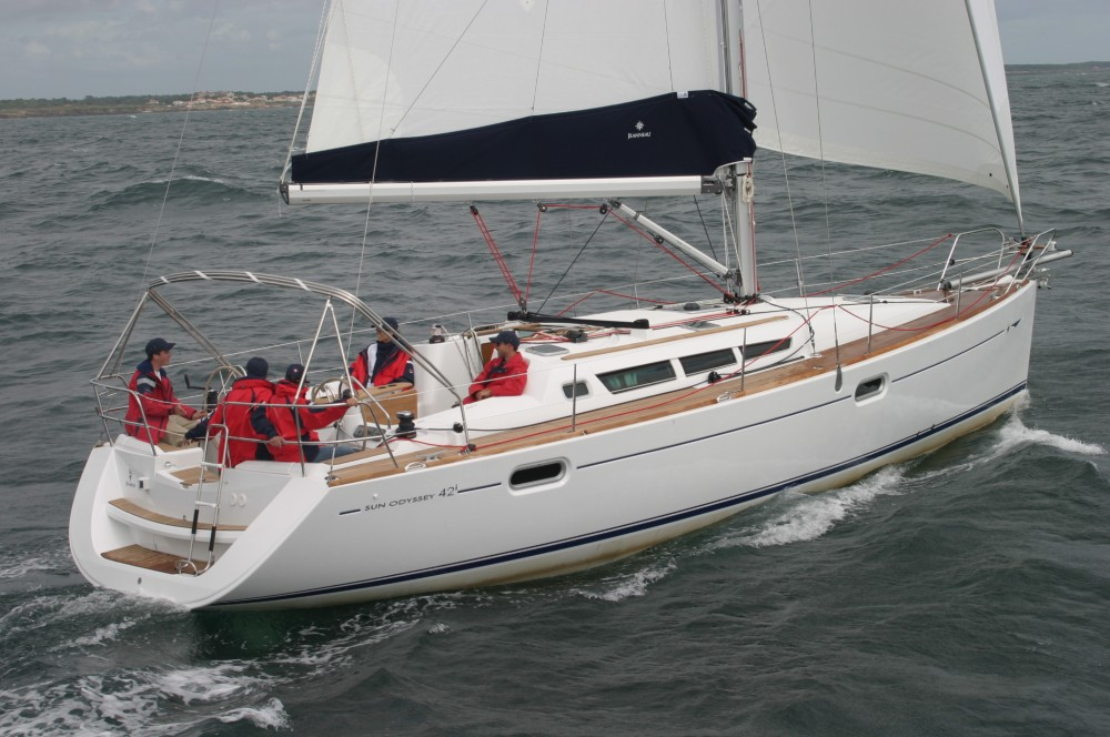 Jeanneau Sun Odyssey 42i between personal and professional Greece