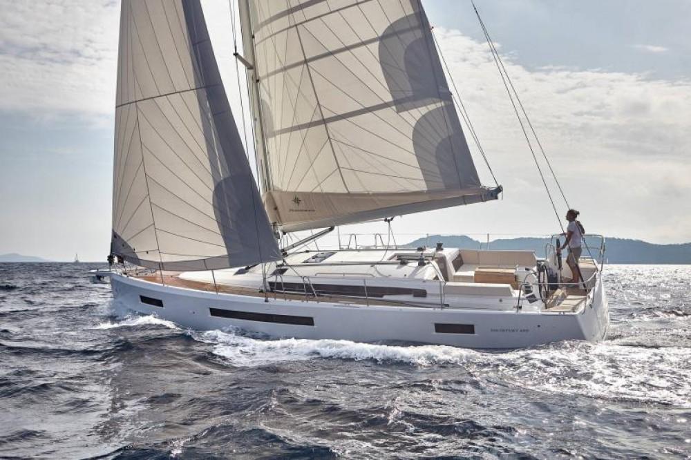Boat rental Jeanneau Sun Odyssey 490 - 5 cab. in Greece on Samboat