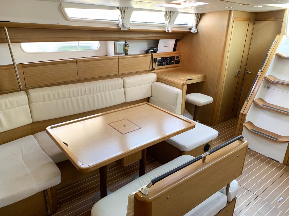 Boat rental Jeanneau Sun Odyssey 49i in Greece on Samboat