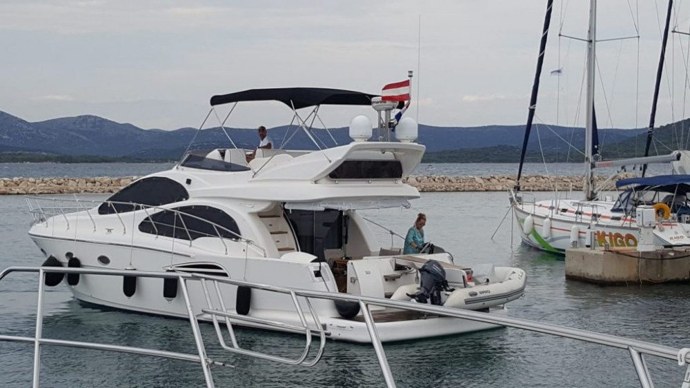 Hire Motorboat with or without skipper Astondoa Grad Zadar