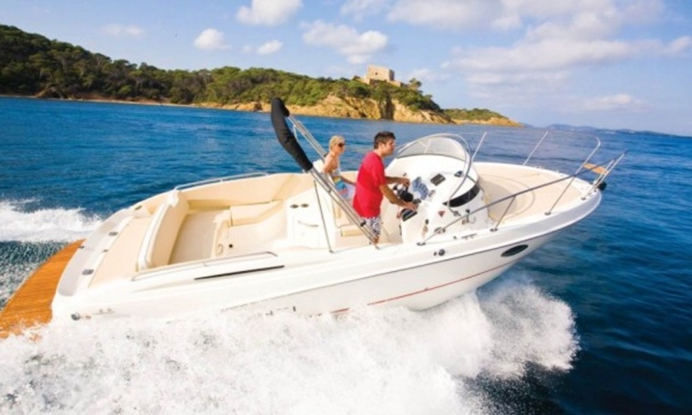 Hire Motorboat with or without skipper Bayliner Croatia