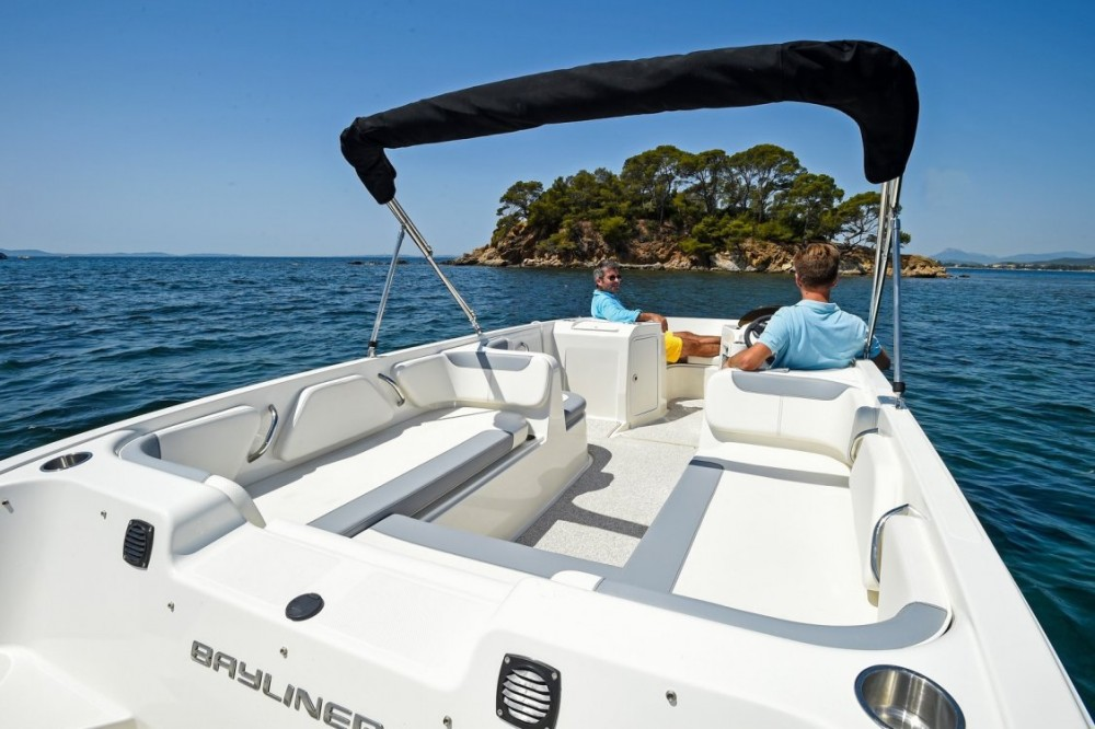 Bayliner Bayliner Element E7 between personal and professional Croatia