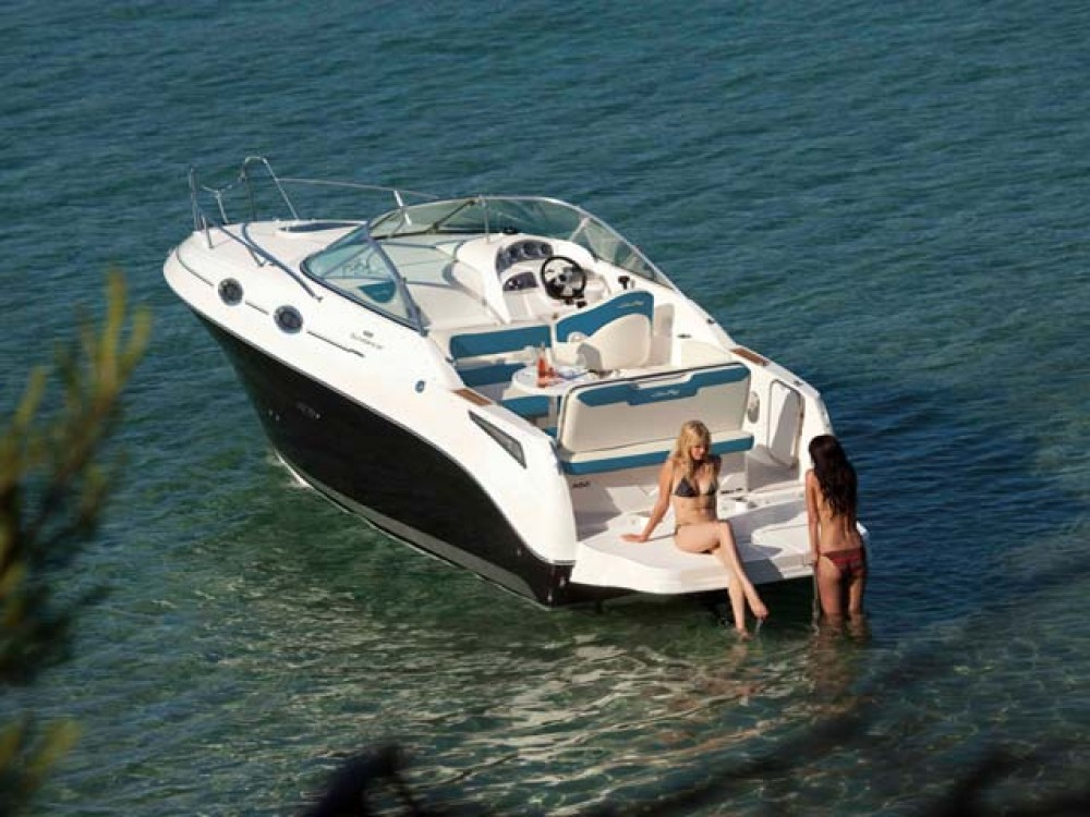 Rental Motorboat in Croatia - Sea-Ray-Boats Sea Ray 255 Sundancer