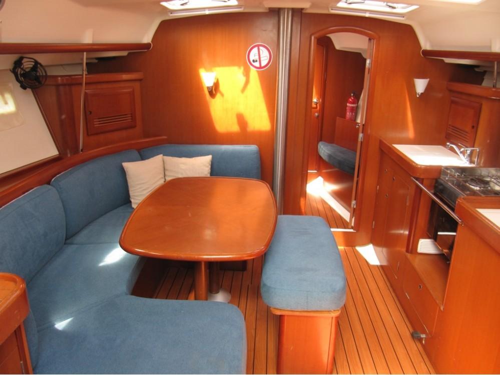 Rental Sailboat in Croatie - Bénéteau Oceanis Clipper 393