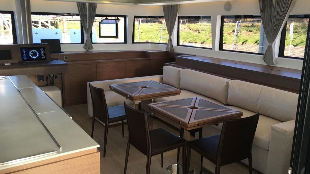Lagoon Lagoon 620 - 5 cab. between personal and professional Peloponnese