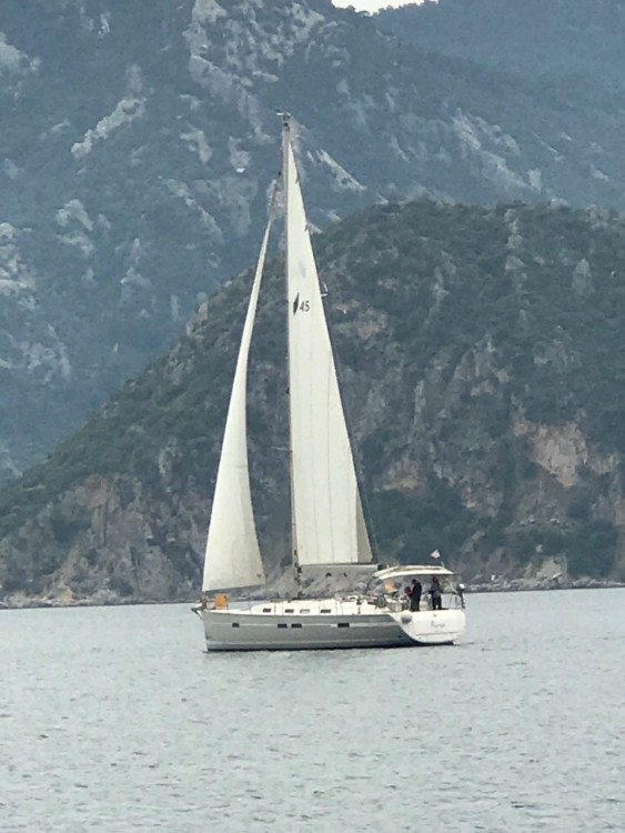 Hire Sailboat with or without skipper Bavaria Gürece